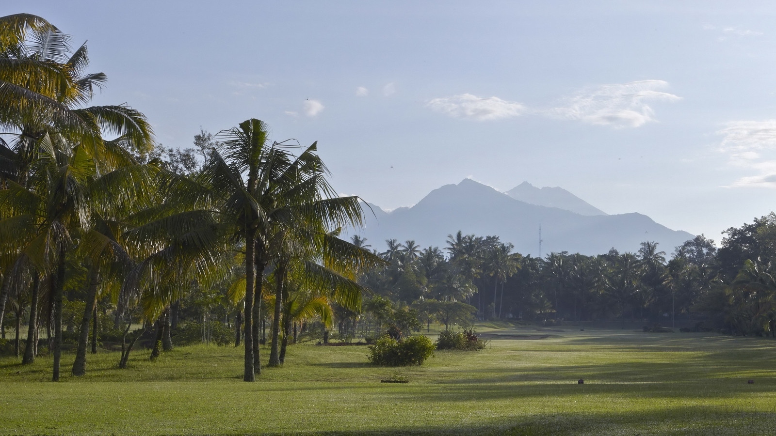 lombok-golf-course-resort-hotel_pic01